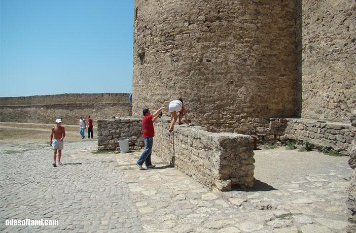 Аккерман - покоряем стену
