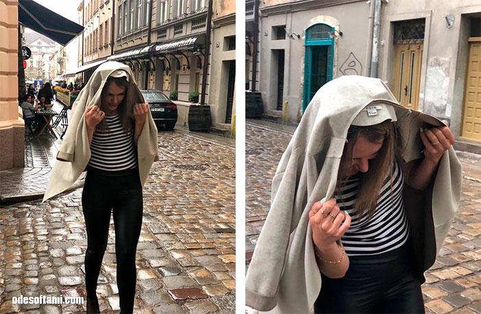 Ирена Буслаева под дождем, Львов - odesoftami.com