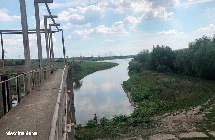 Анастасия Сандул и Денис Алексеенко возле Теплодара, на Барабойском водохранилище. Одесская область - odesoftami.com