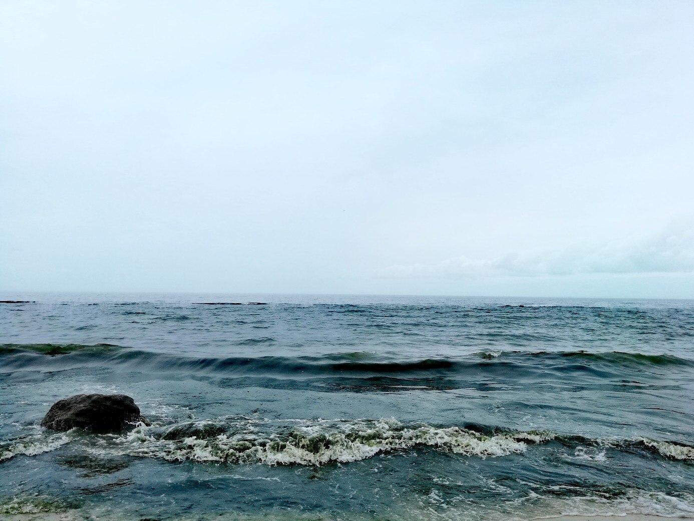 Лето в Одессе. Загораем на Черном море.