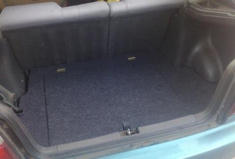 Пол в багажник Toyota Corolla. Cвоими руками + помошница Кристина Небога :-)