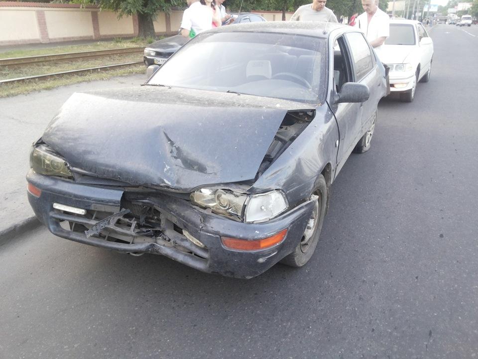 Вчера подбили машину моего друга и замечательного человека… Argonchik:-( Газелист… не справился с тормозами…