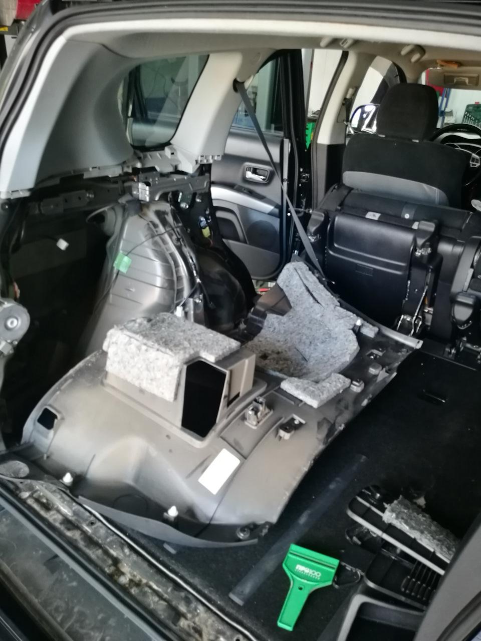 Упругая попка. Замена задних стоект амортизатора, пружин, Outlander XL