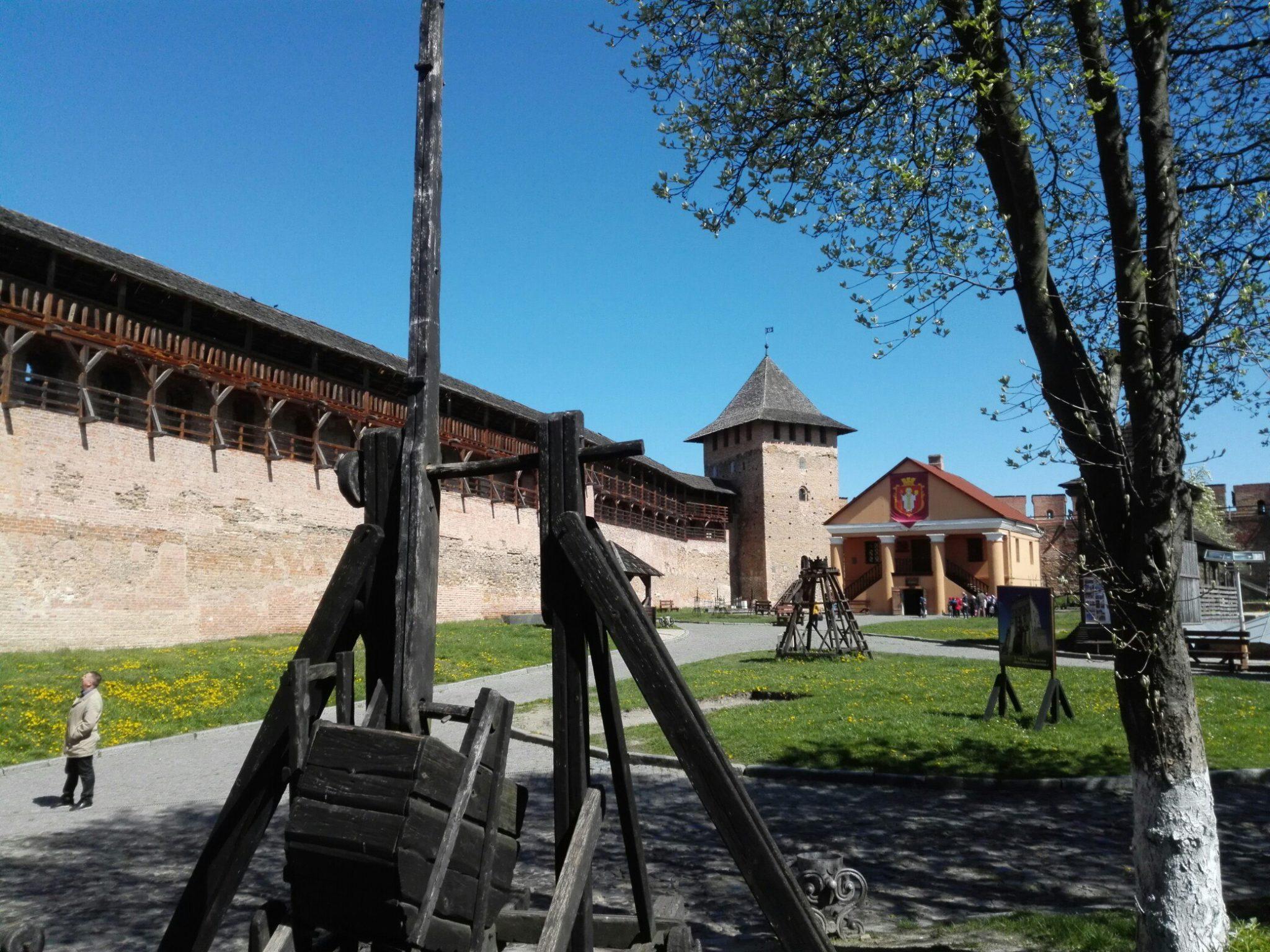 Автопутешествие. День второй. Ровно  -> Луцк.  Луцкий замок.