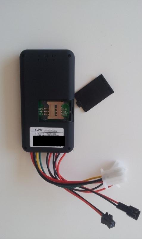 Посылка из Китая. GT06 AсcuraTE Tracker GPS (правильный трекер) блокировки, подслушка, тревога, смс управление