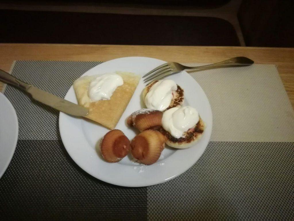 завтрак в подкове ровно